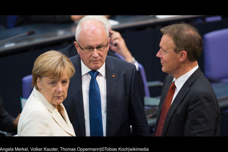CDU Wahlkampf nach der Fahne der Umfragewerte