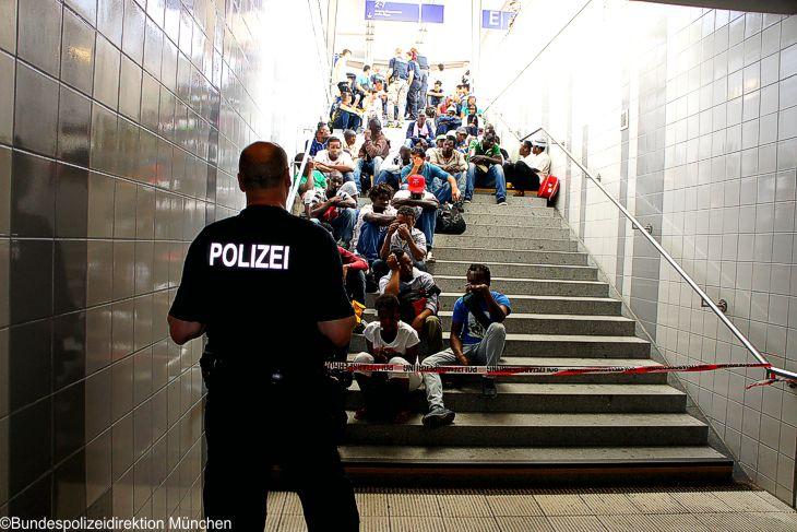 Bundespolizei von Flüchtlingsansturm überfordert