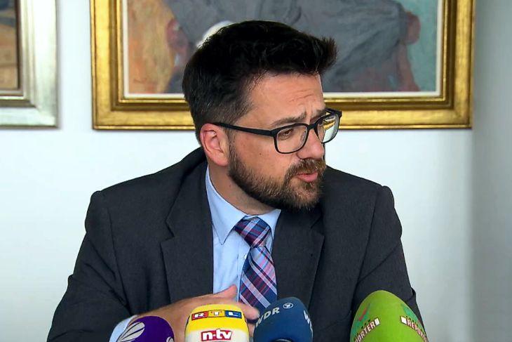 Fraktionschef der NRW-SPD fordert Ende der großen Koalition